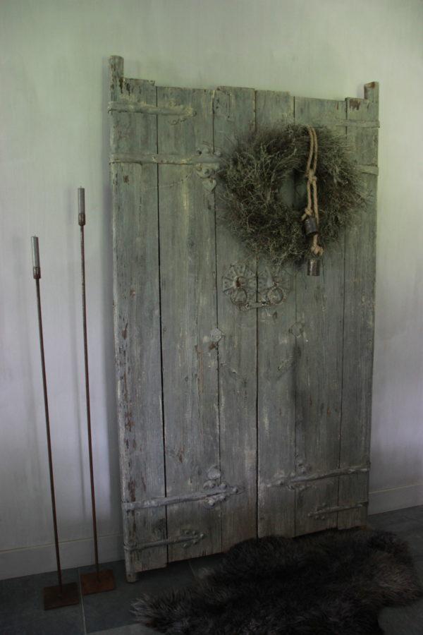Set oude deuren sleetse kleur