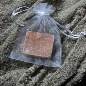 Organza zakje voor amberblokje