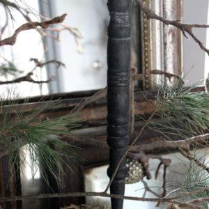 Grijze houten hanger