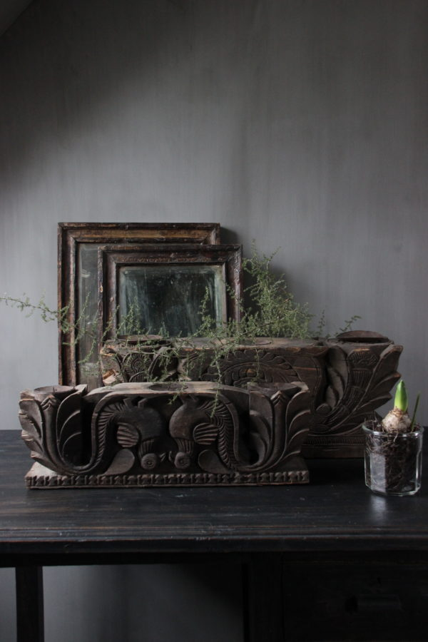 Houten kandelaar oud ornament