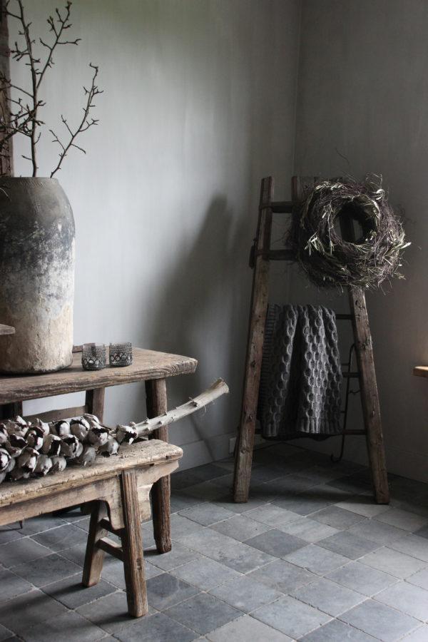 Wooden rack Aura Peeperkorn