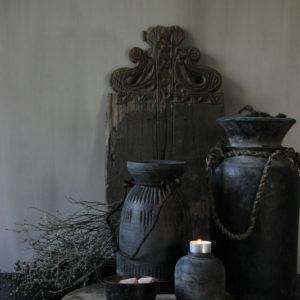 Carved pott Aura Peeperkorn