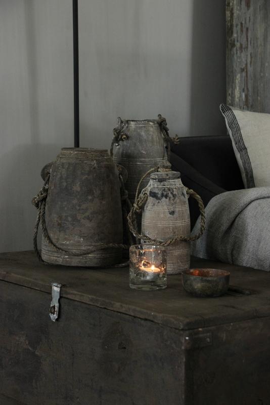 Old pott Aura Peeperkorn