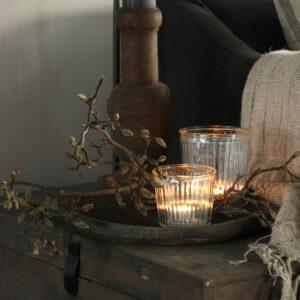 Wooden candleholder Aura Peeperkorn