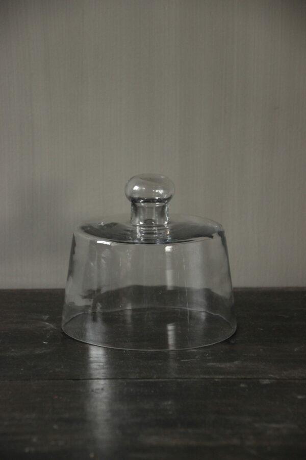 Glazen stolp rond
