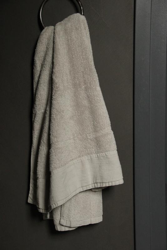 Handdoek Antibes Sand 50 x 100 cm