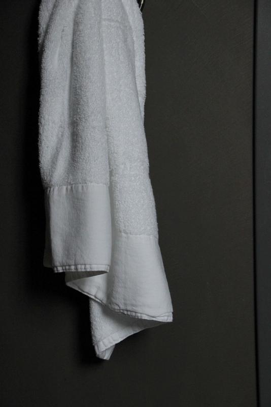 Handdoek Antibes wit 50 x 100 cm