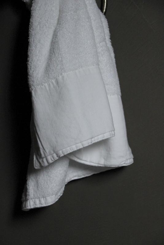 Gastendoek Antibes wit 30 x 50 cm
