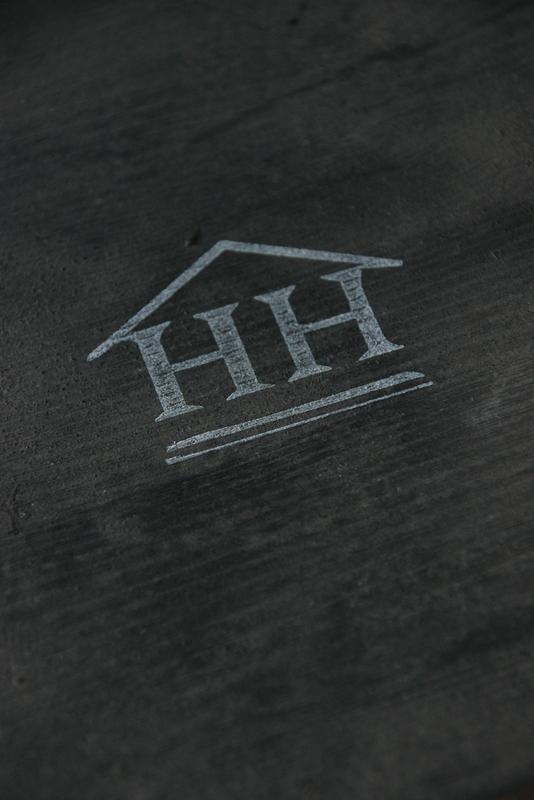 Logo Hillary'sHome