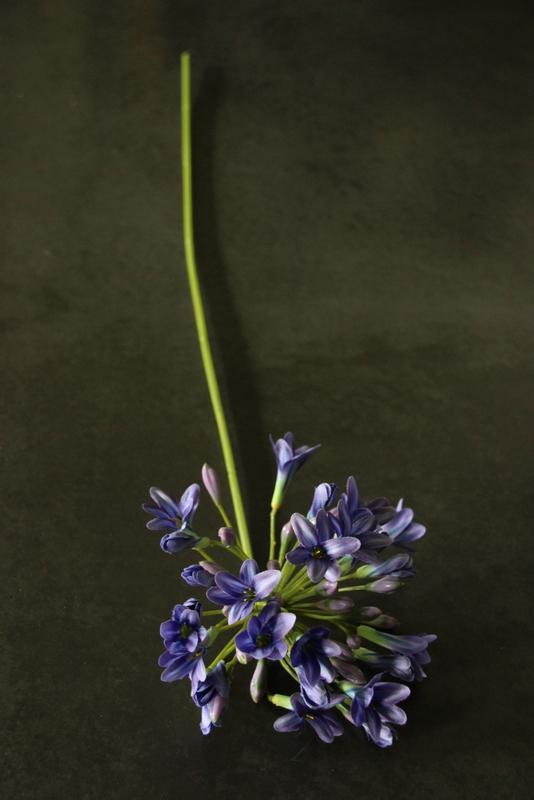 Agapathus lady mauve 75 cm kunst