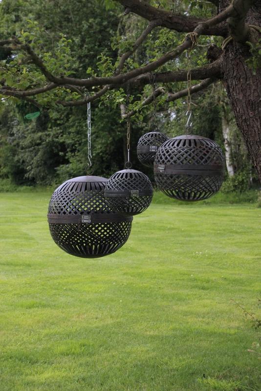Set van 3 metalen ballen