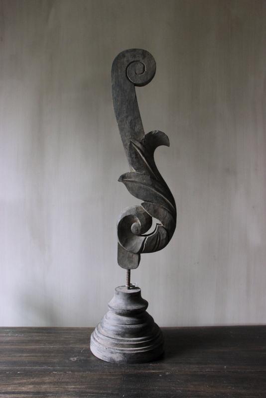 Ornament op statief XXL antiek zwart