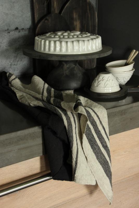 Linnen keukendoek gerafeld zwart